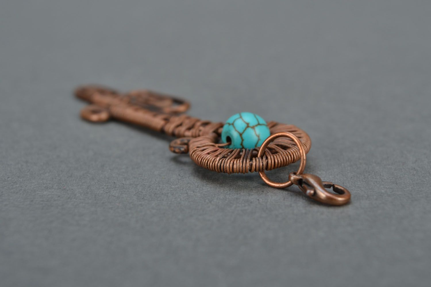 Copper wire pendant with turquoise photo 5