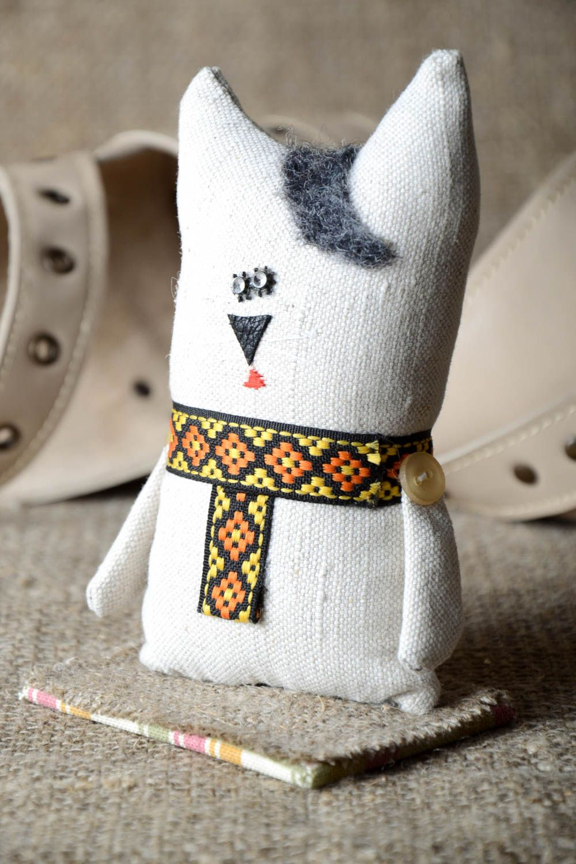 madeheart > katze figur handmade ausgefallener dekoartikel