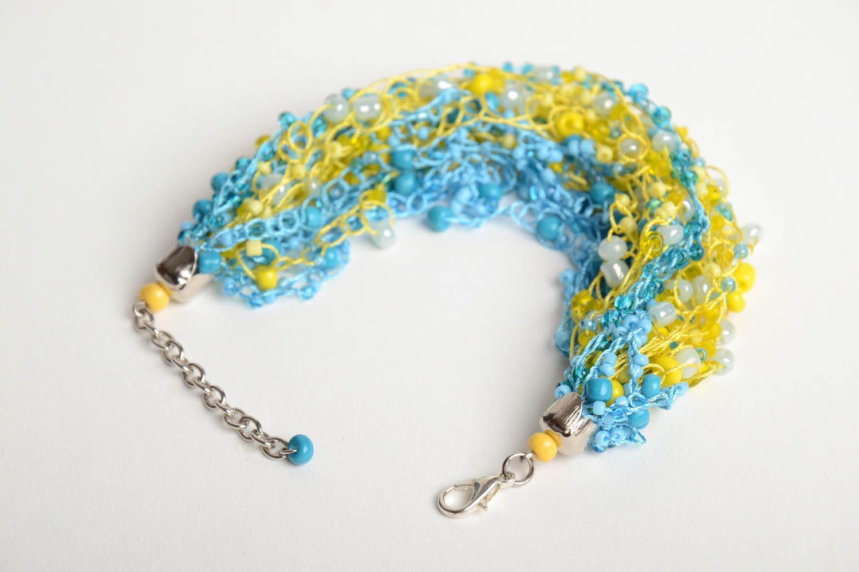 Gehäkeltes blau gelbes Armband aus Glasperlen von Handarbeit für Mädchen schön foto 4