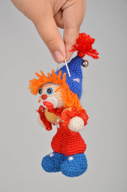 Вязаная крючком игрушка. Клоун Весельчак Фред. Описание PDF