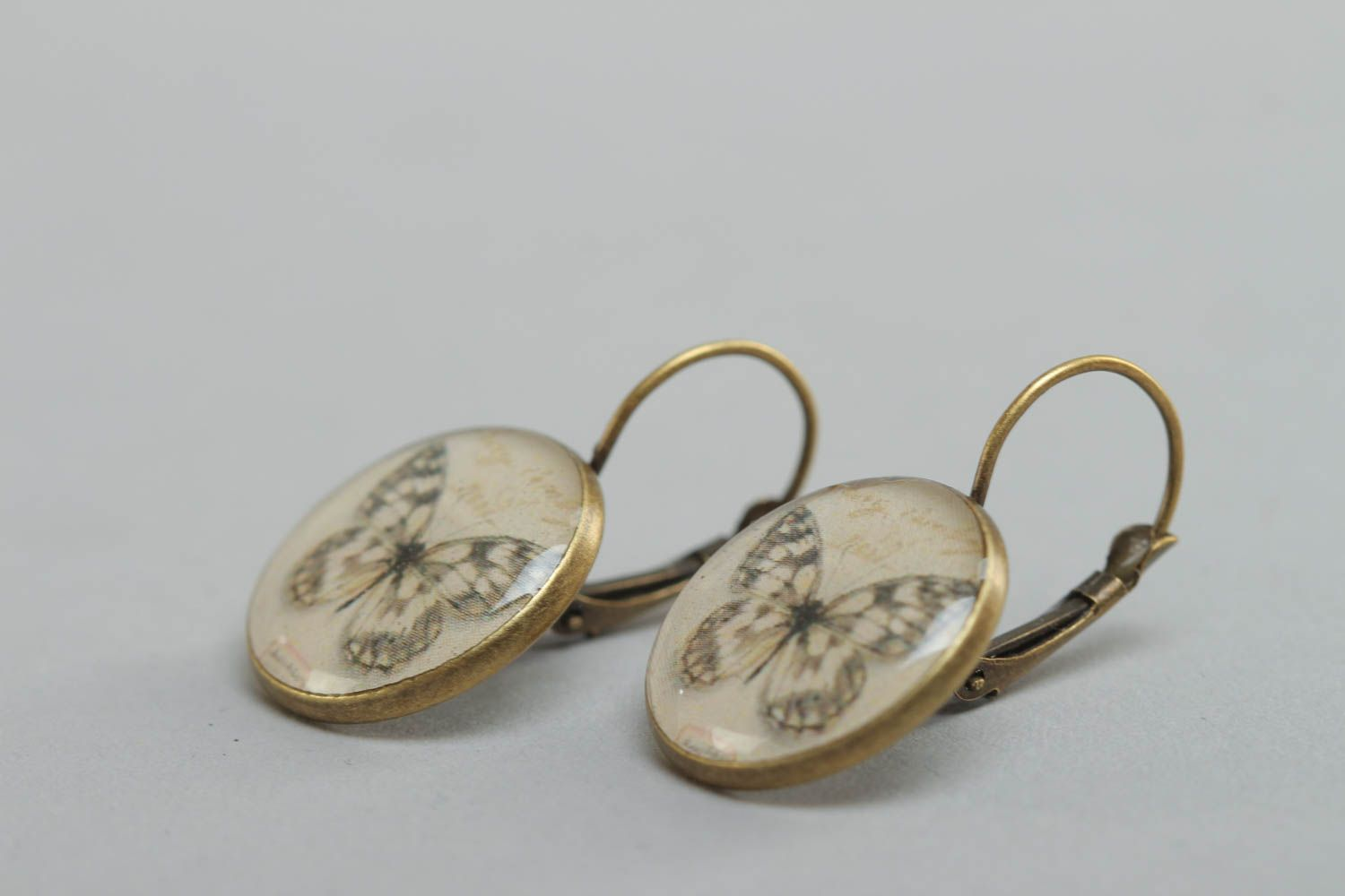 A set of handcrafted round vintage earrings made of glass glaze with butterflies  photo 3