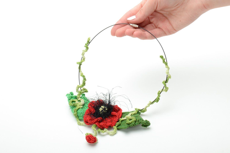 Homemade women's crochet flower necklace photo 5