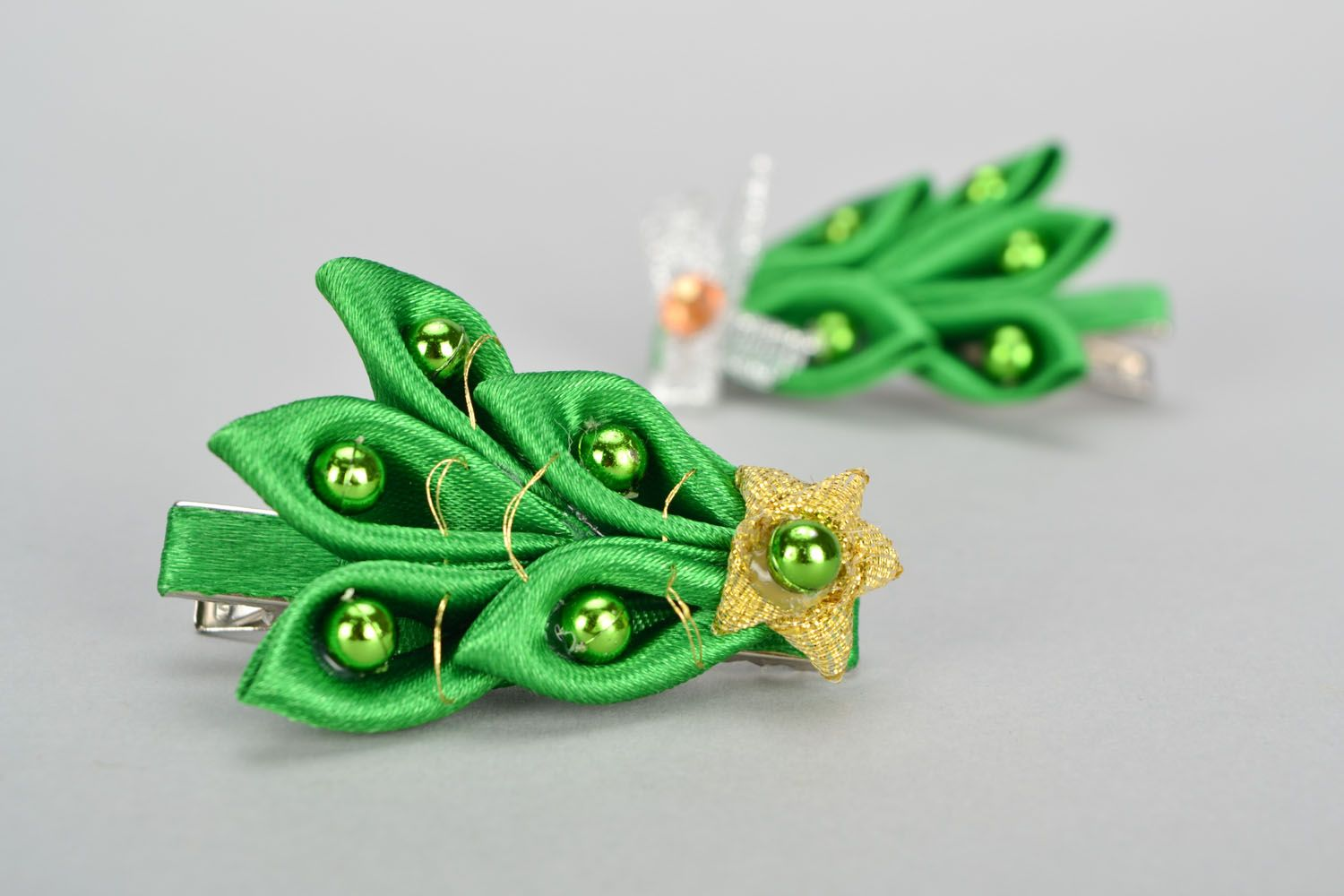 Homemade green hair clip Christmas Tree photo 1