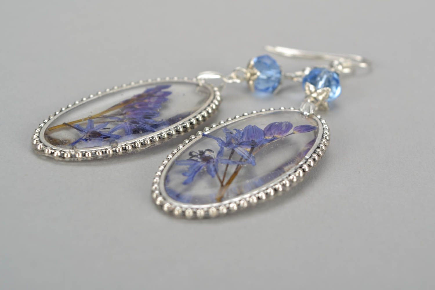Earrings with lilac photo 5