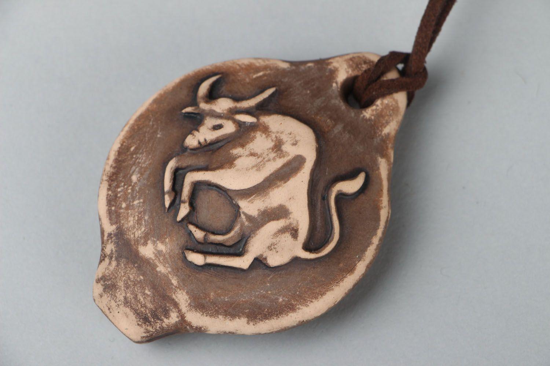 Ceramic pendant whistle Bull photo 5