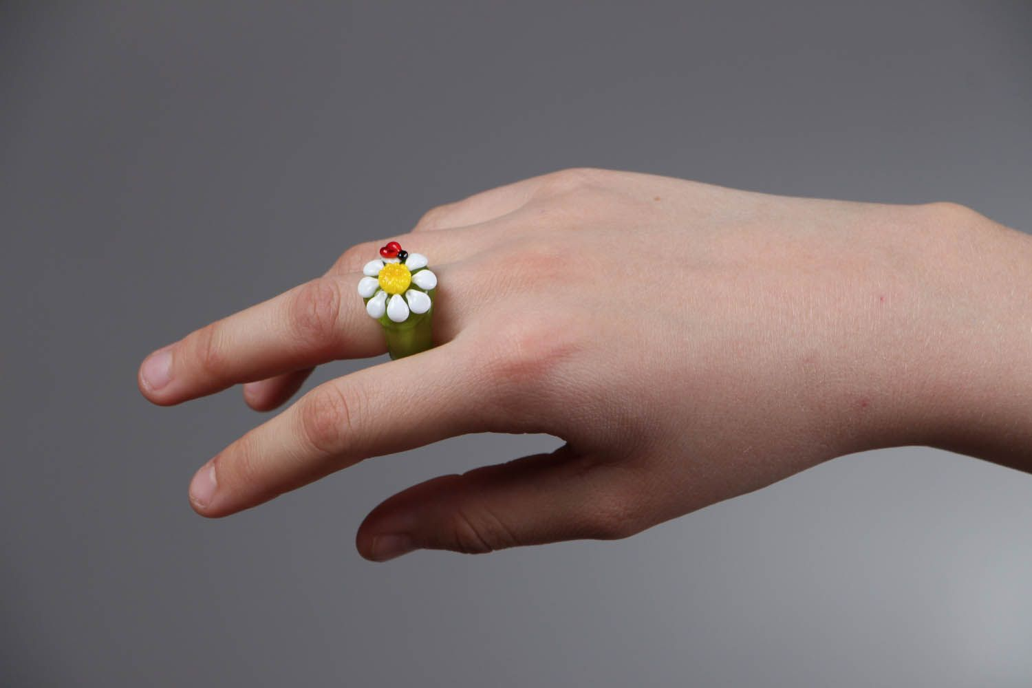 Homemade glass ring Daisy with Bug photo 4