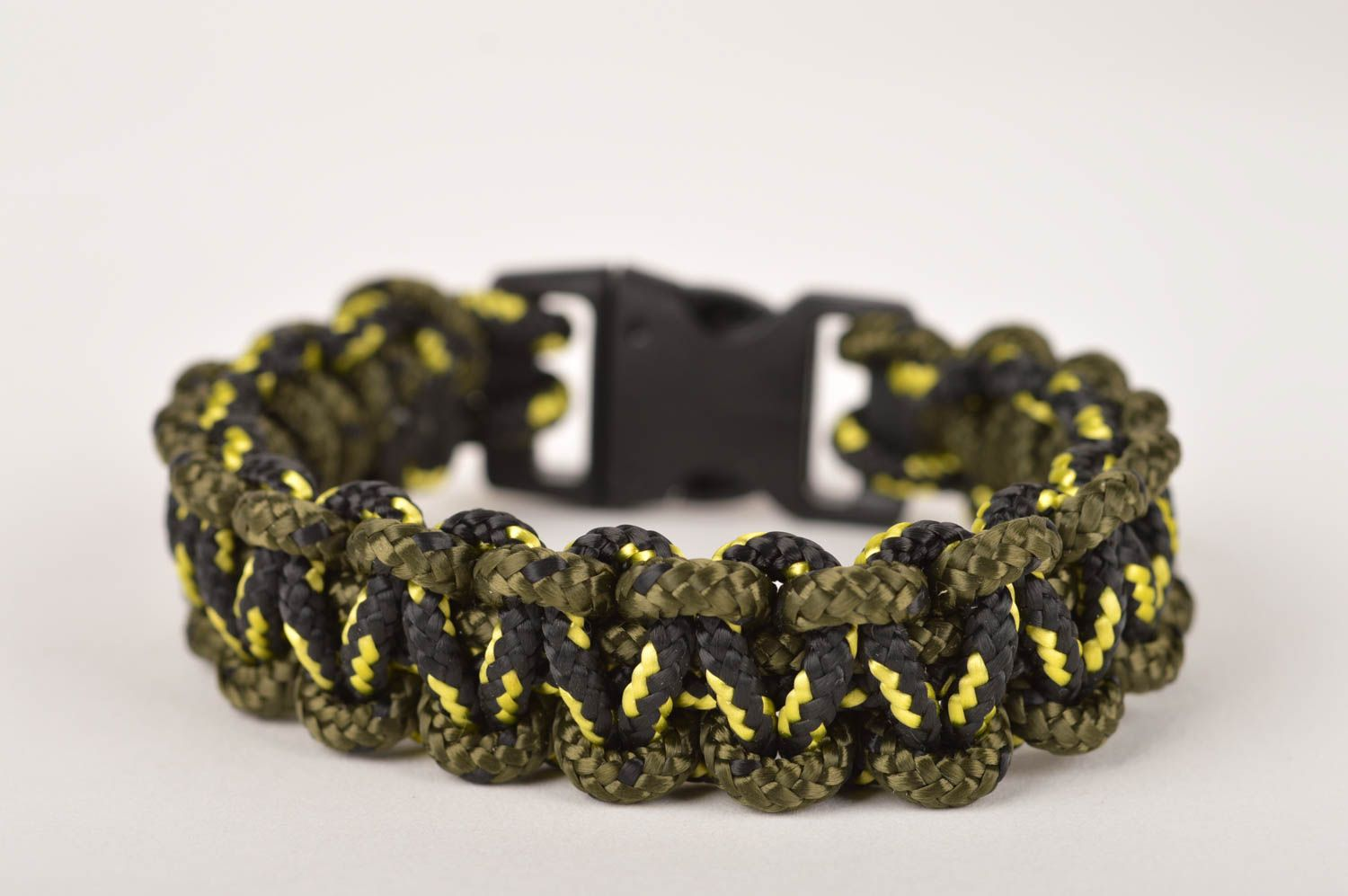 Stylish handmade bracelet designs unisex survival bracelet fashion trends photo 5