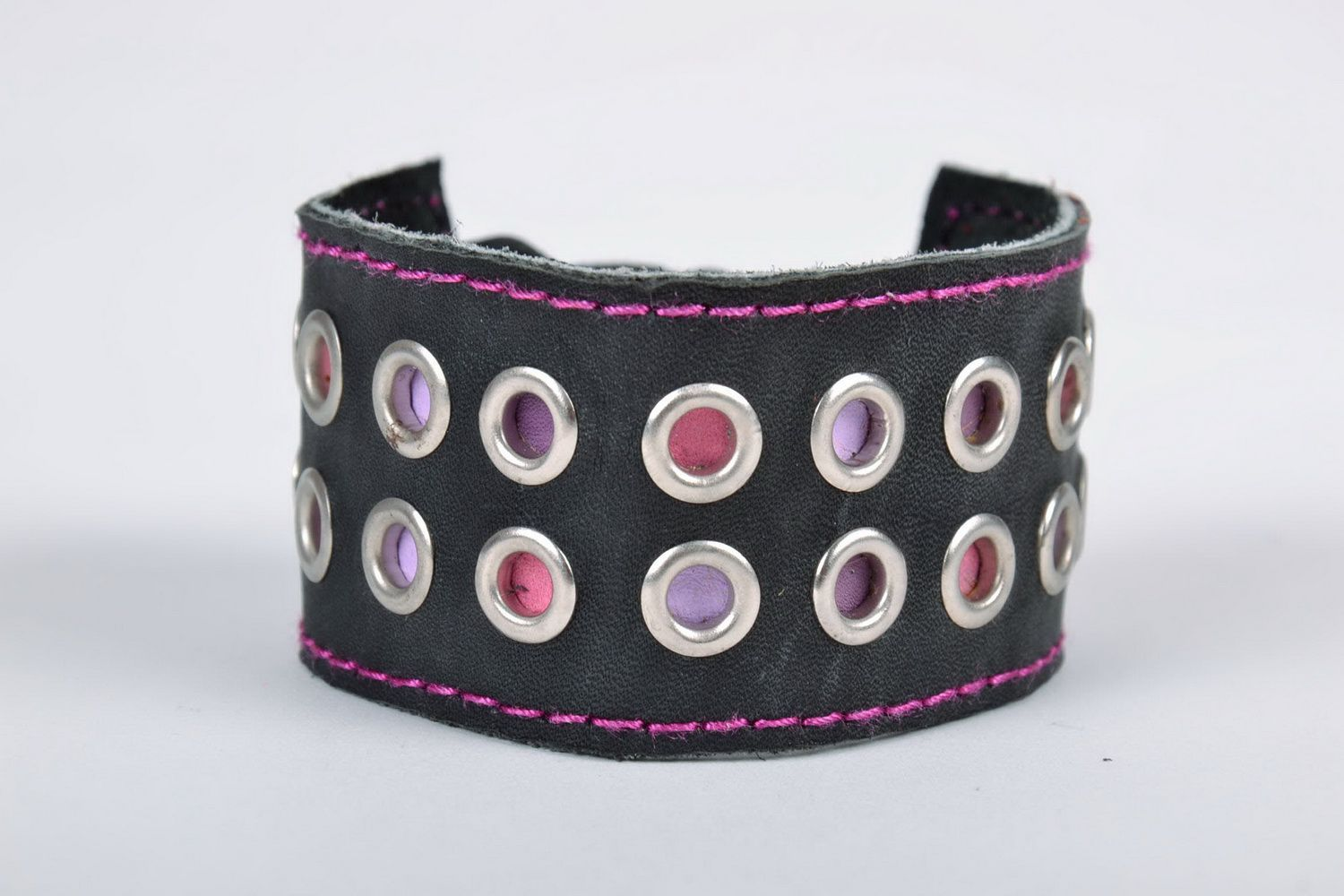 leather bracelets Wide black leather bracelet with rivets - MADEheart.com