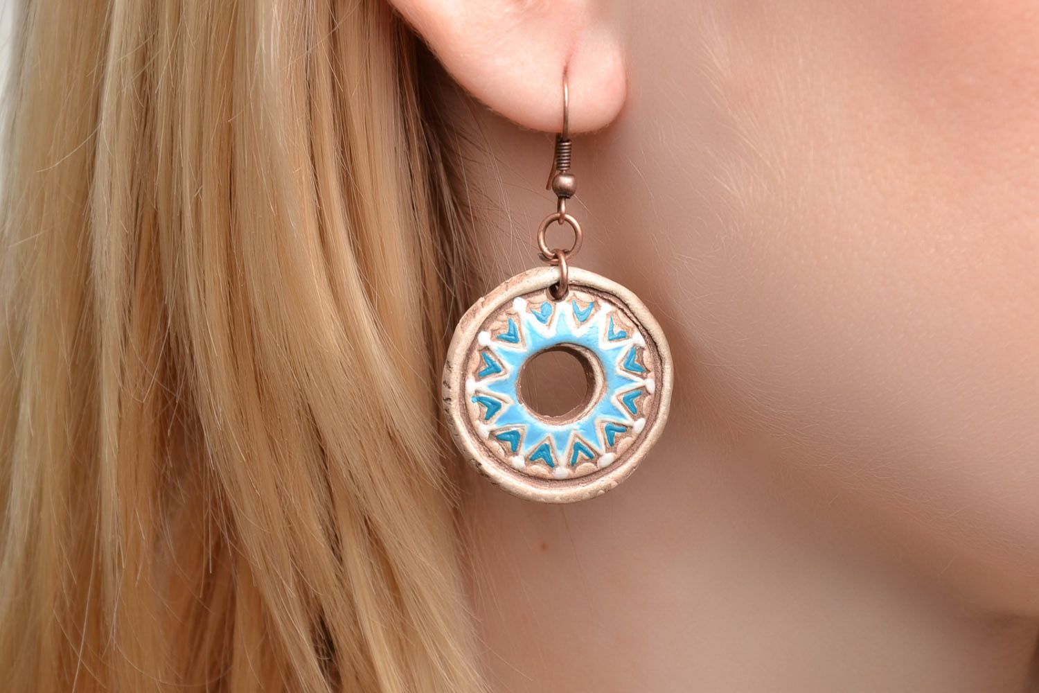Round clay earrings photo 2