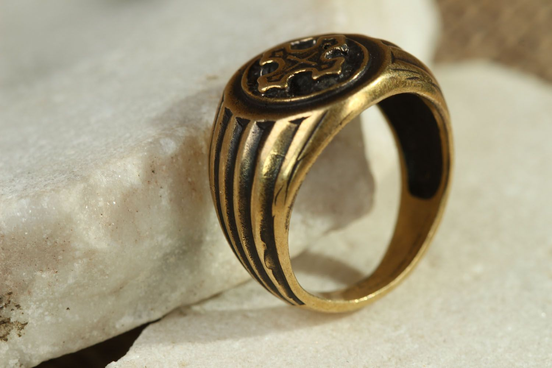 Ring aus Bronze  foto 2