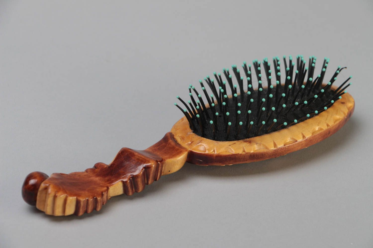 Beautiful varnished handmade carved wooden hair brush eco photo 3