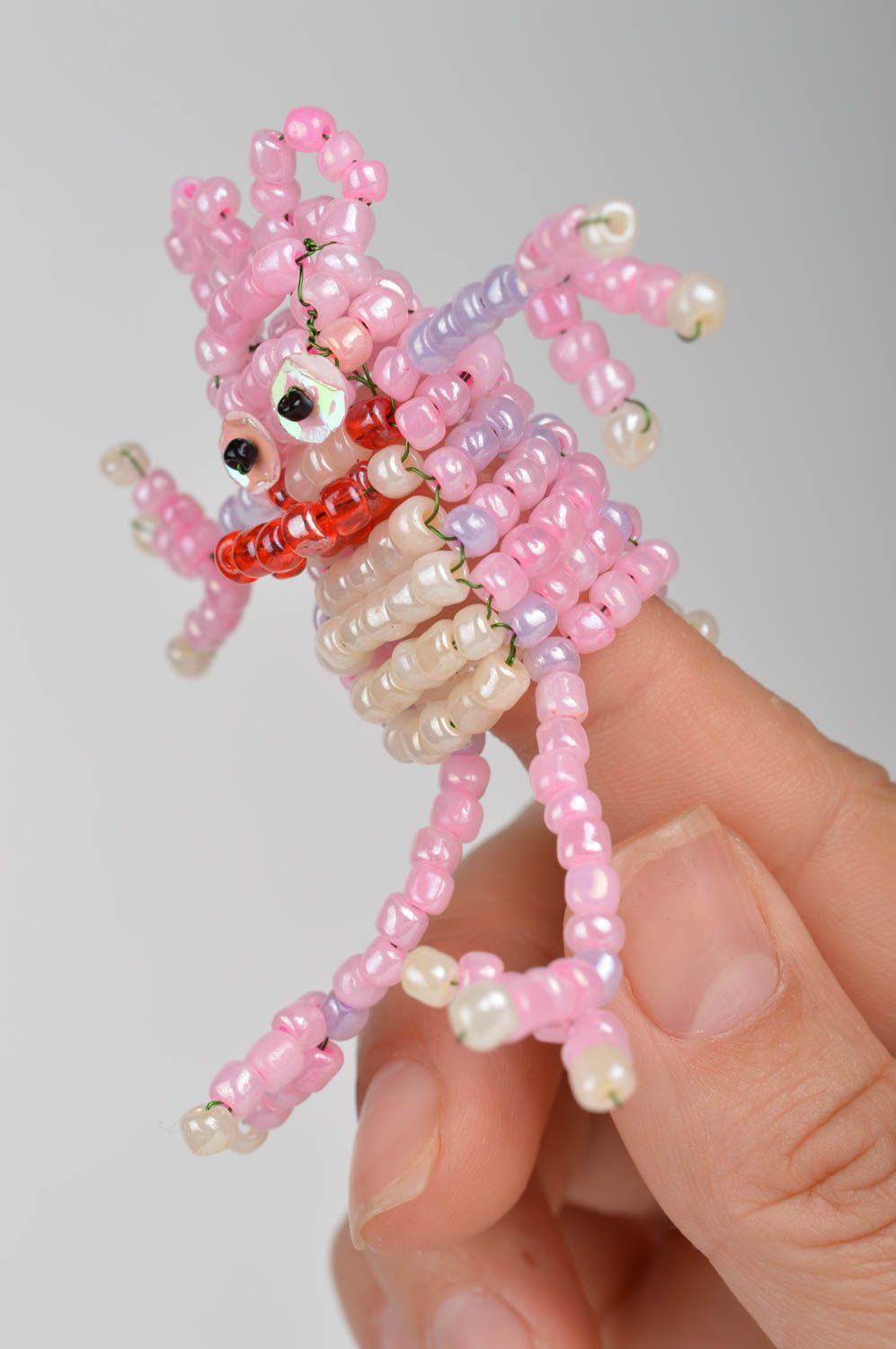 Handmade cute pink funny toy for finger in shape of frog made of beads - MADEheart.com