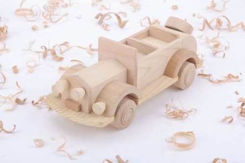 Wooden eco-friendly toy Car - MADEheart.com
