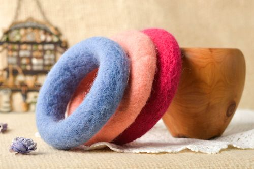Beautiful handmade bracelet designs 3 pieces wool felting accessories for girls - MADEheart.com