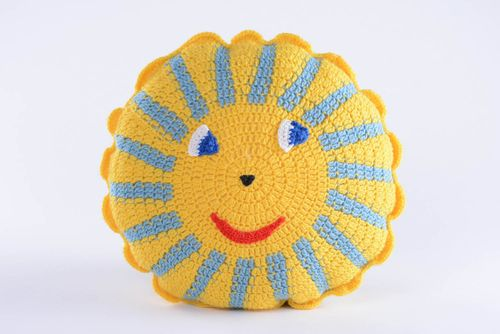 Knitted toy Sun - MADEheart.com