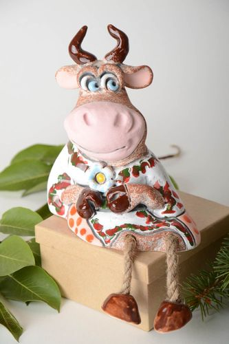 Unusual cow moneybox designer ceramic moneybox beautiful souvenir for kids - MADEheart.com