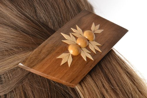 Beautiful hair jewelry clip Womens handmade designer varnished wooden hair jewelry - MADEheart.com