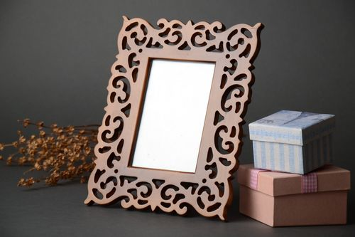 Handmade wood carved photo frame of brown color - MADEheart.com