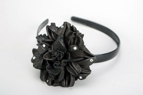 Headband, diadem, leather, plastic, Black flower - MADEheart.com