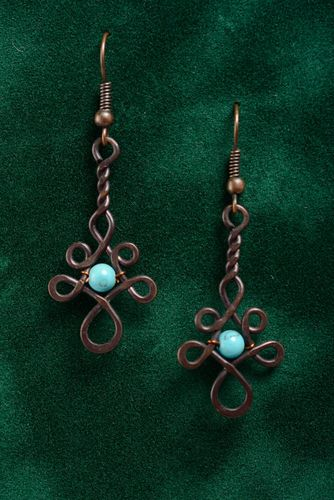 Long handmade earrings made of copper using wire wrap technique with artificial turquoise - MADEheart.com