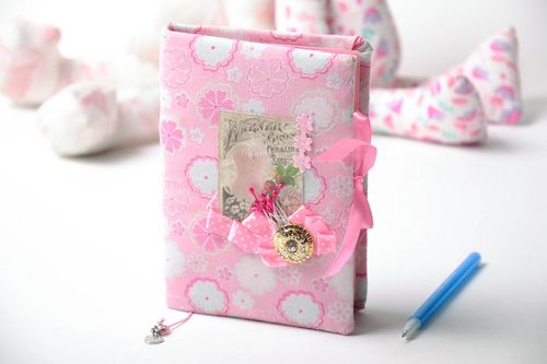 Notebook with soft cover - MADEheart.com