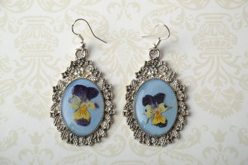Earrings with natural flowers Wild Pansy - MADEheart.com