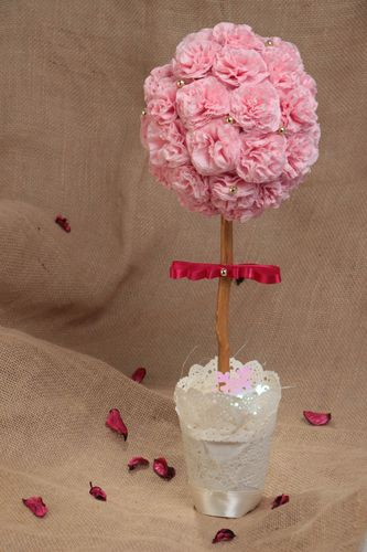 Handmade decorative tree topiary with napkins and satin ribbons in pink colors - MADEheart.com