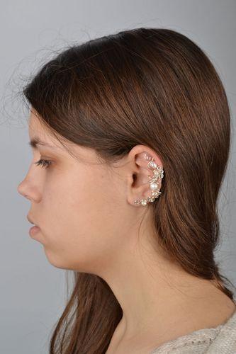 Cuff earring with natural pearls - MADEheart.com