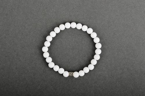 Women bijouterie handmade accessories beaded bracelets white bracelet with metal - MADEheart.com
