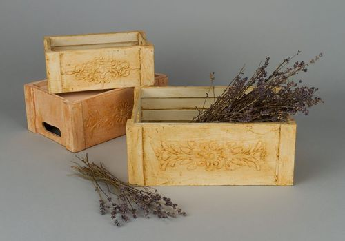 Box for flowers - MADEheart.com