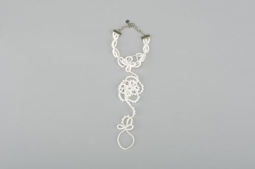 Bracelet made using tatting technique - MADEheart.com