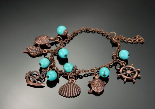 Copper bracelet with turquoise - MADEheart.com