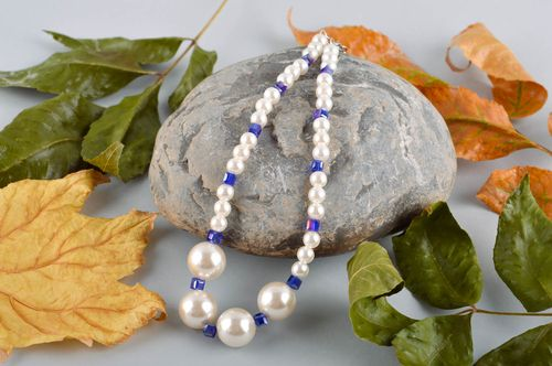 Stylish handmade beaded necklace artisan jewelry designs fashion accessories - MADEheart.com