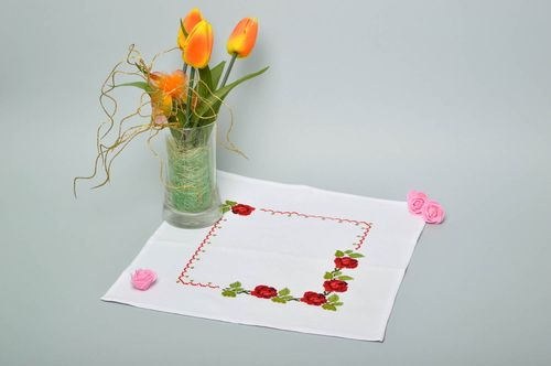 Handmade cute unusual napkin table decor ideas beautiful embroidered napkin - MADEheart.com