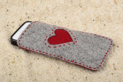 Beautiful handmade cell phone case fashion accessories gadget case small gifts - MADEheart.com