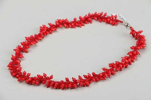 Coral necklace with Czech beads - MADEheart.com