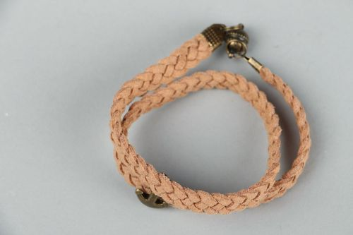 Leather bracelet - MADEheart.com