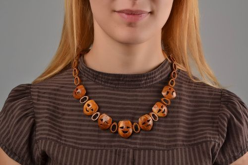 Handmade bead necklace wooden jewelry fashion necklace birthday gift for girl - MADEheart.com