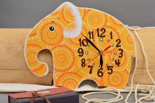 Handmade designer clock unusual elephant clock beautiful nursery decor - MADEheart.com