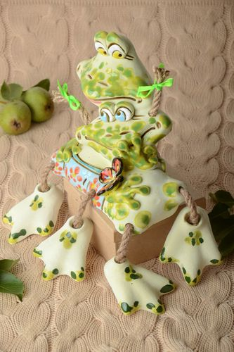 Funny ceramic moneybox frogs moneybox present handmade souvenir for kids - MADEheart.com