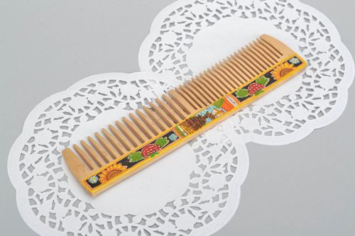 Wooden comb for hair - MADEheart.com