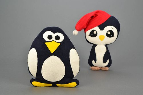 Homemade soft toy Penguin Carl - MADEheart.com
