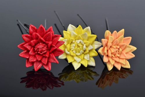 Beautiful handmade designer polymer clay flower hairpins 3 pieces colorful - MADEheart.com