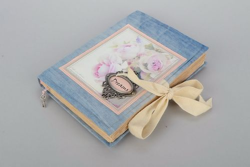 Vintage notebook Dreams - MADEheart.com