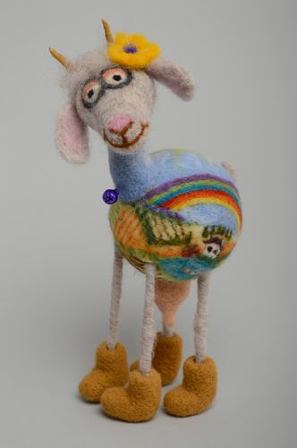 Felted wool toy Goat - MADEheart.com