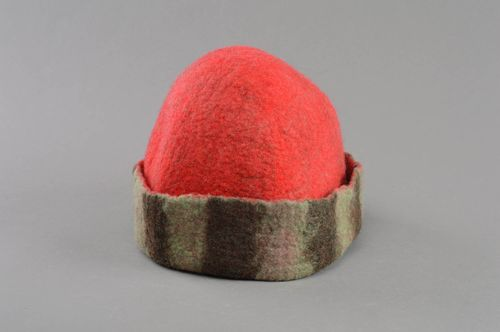 Handmade red felted wool sauna hat designer sauna accessories - MADEheart.com