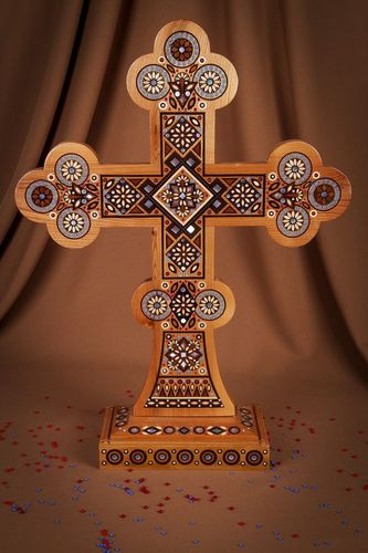 Unusual handmade wooden cross room decor ideas gift ideas for believer - MADEheart.com
