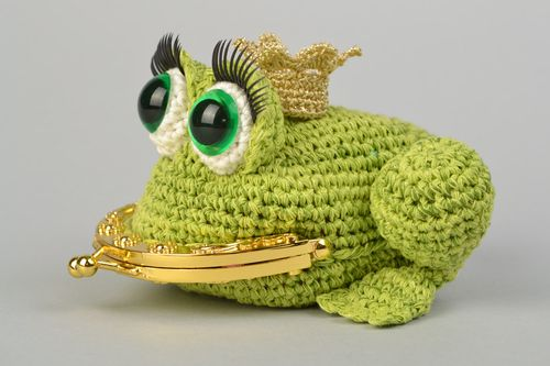 Handmade crocheted purse in the form of princess frog for children - MADEheart.com