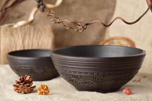 Set of 2 handmade beautiful designer molded clay bowls 400 ml each - MADEheart.com
