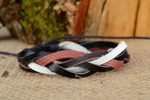 Braided leather bracelet - MADEheart.com